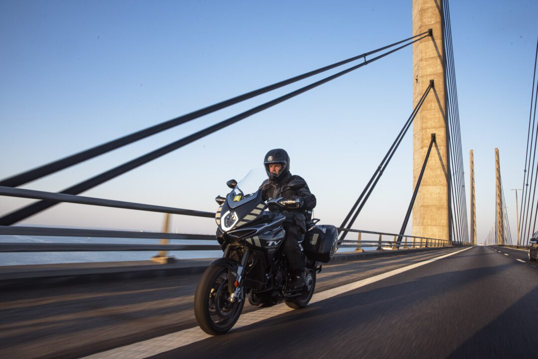 Valerio Boni logs over 2003 kms in less than 24 hours, visiting 11 countries on a MV Agusta Turismo Veloce Lusso SCS