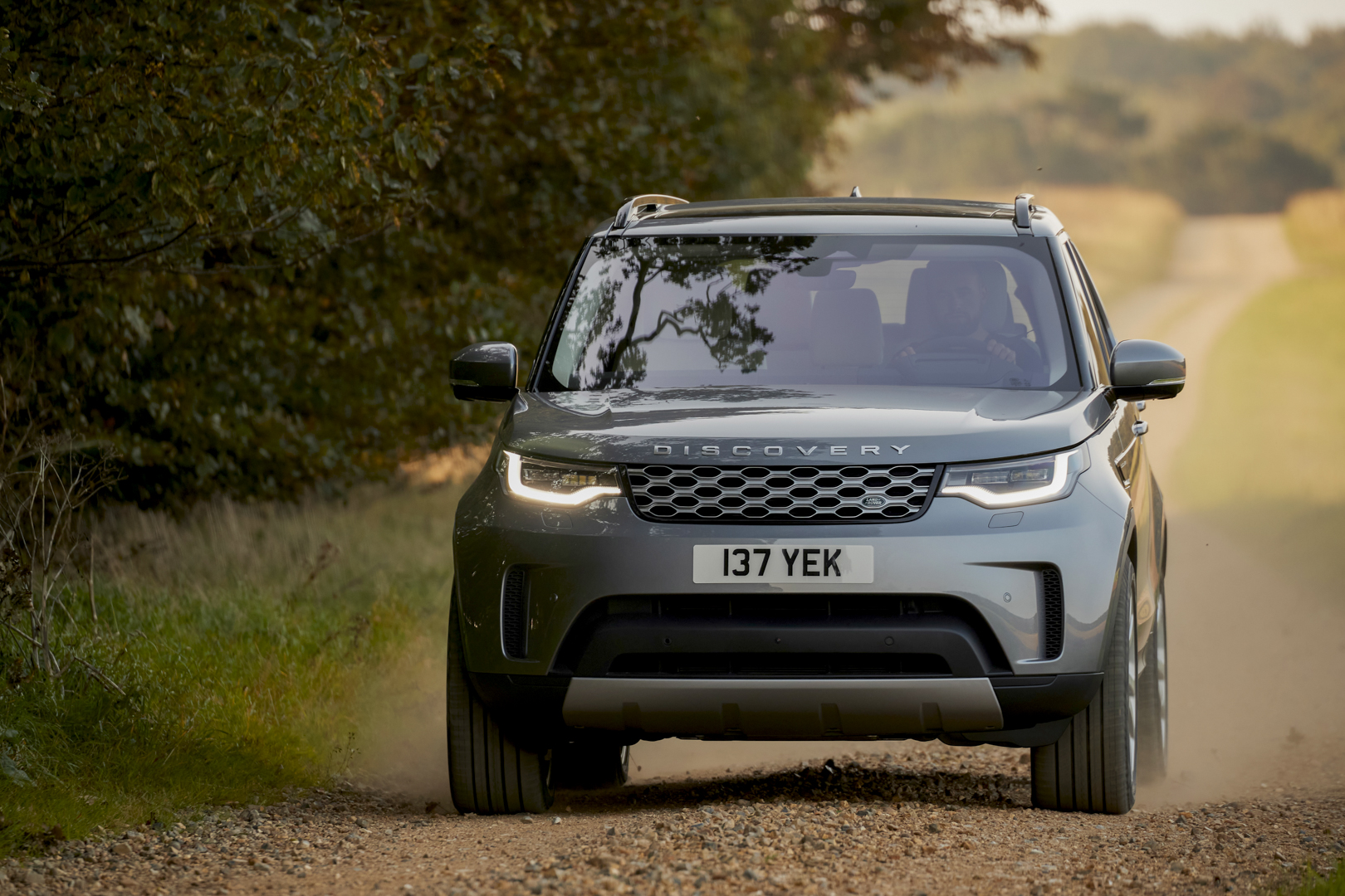 New Land Rover Discovery is the ultimate, versatile seven-seat premium SUV