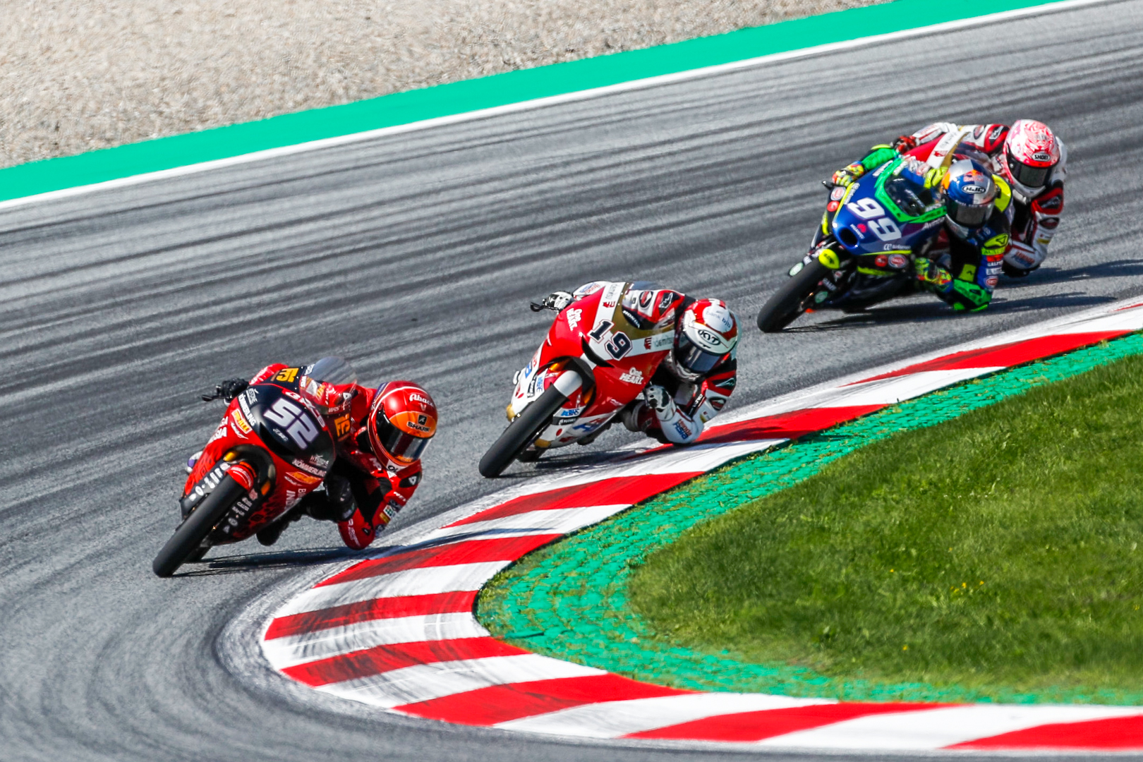 Two points for Alcoba in #AustrianGP