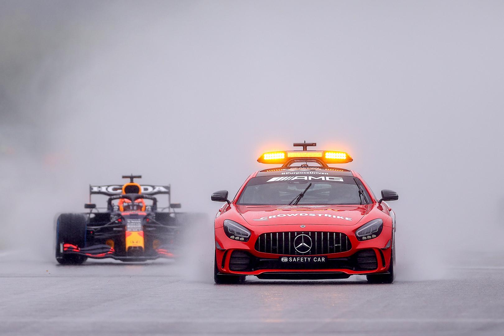 Verstappen wins the shortest race in F1 history #BelgianGP